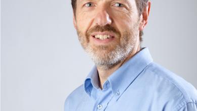 Le professeur Yvan Petit reçoit le Prix d'excellence en enseignement